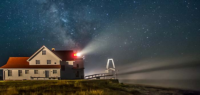Presentation – RI Photographer David Zapatka – RI Lighthouses at Night