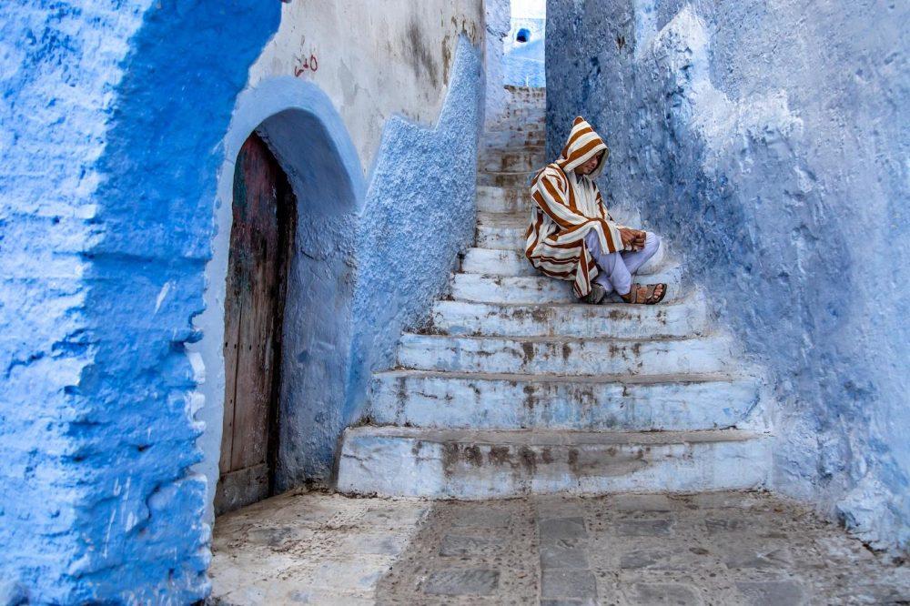 Color Print B_Feeling Blue by Susie Dorr